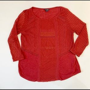 Lucky brand red lace and cotton 3/4 length tee